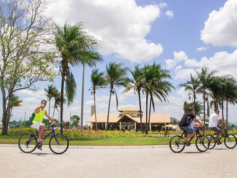 ciclistas no terras belas